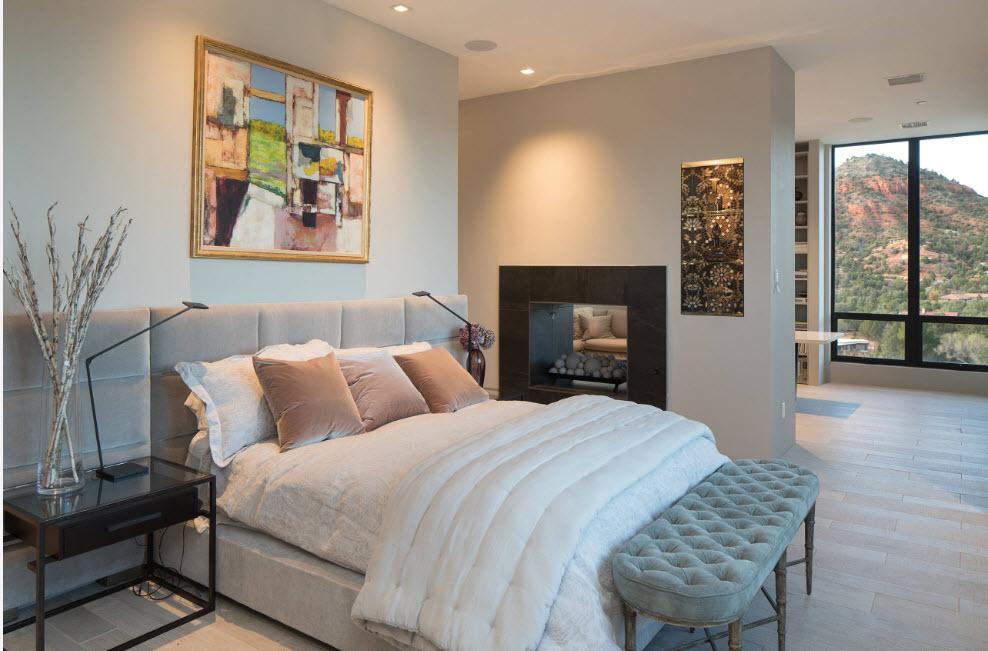 Спальня с двухсторонним камином