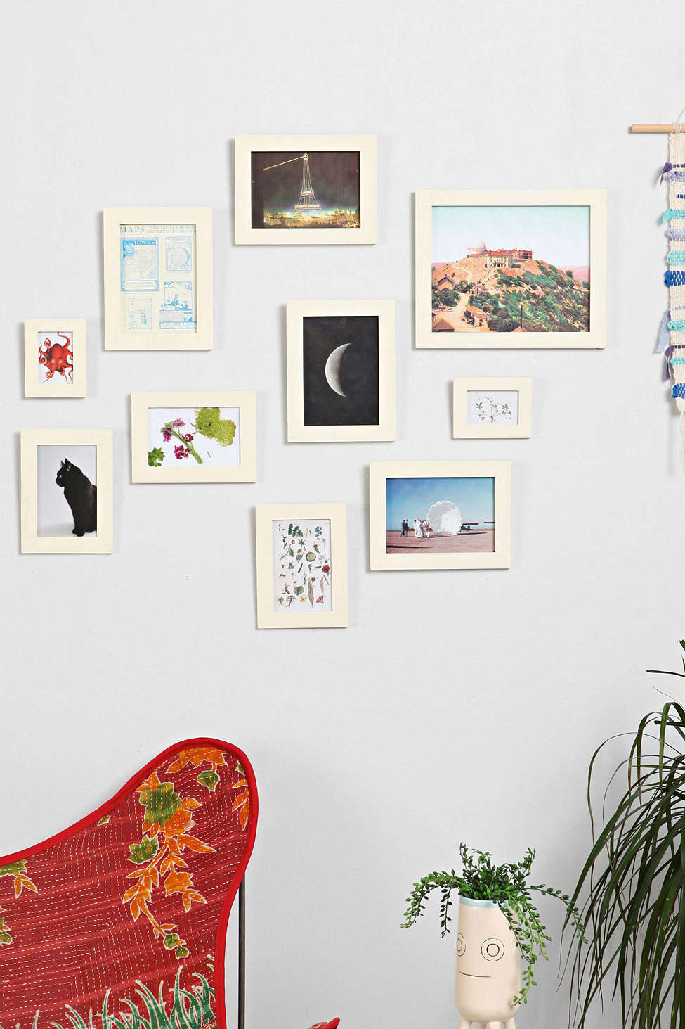 picture-frame-set-from-urban-outfitters