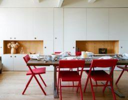 красные складные стулья для кухни