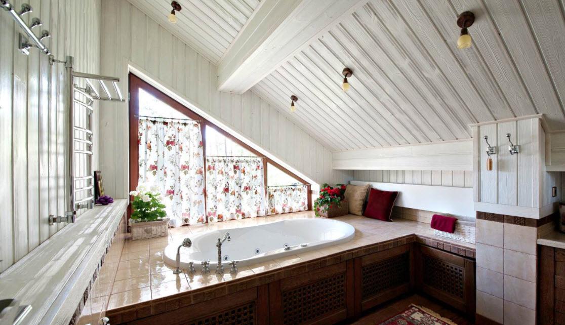 ванная комната в мансарде
