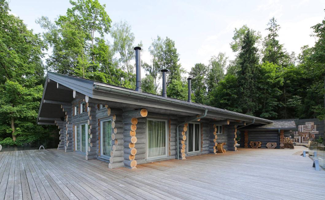 дачный одноэтажный домик из бревен