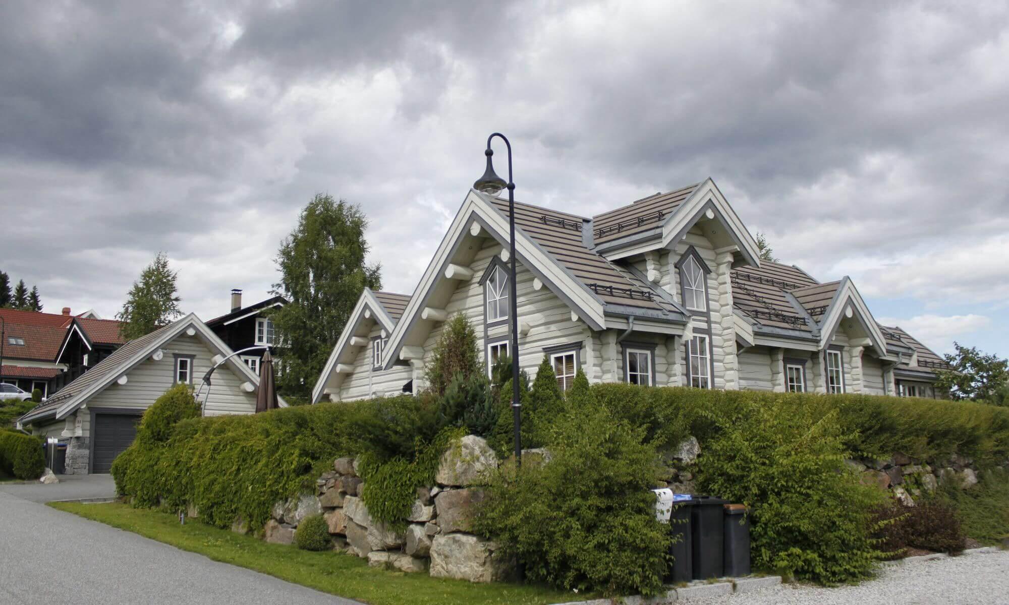 дом из белого бруса