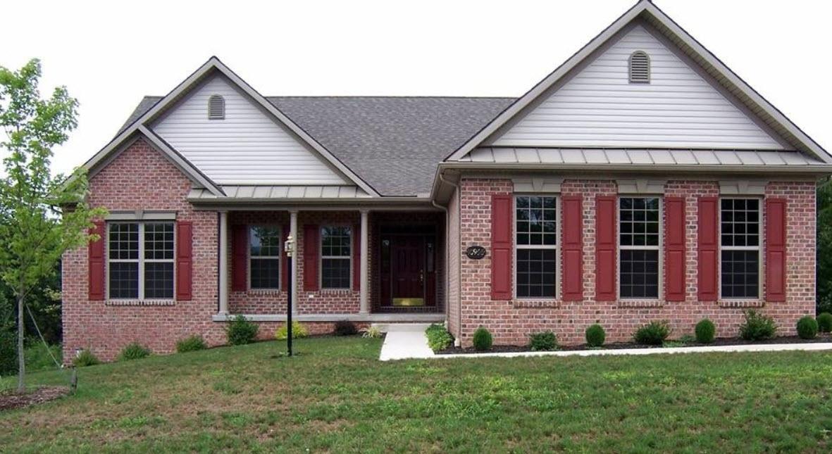 дом со ставнями