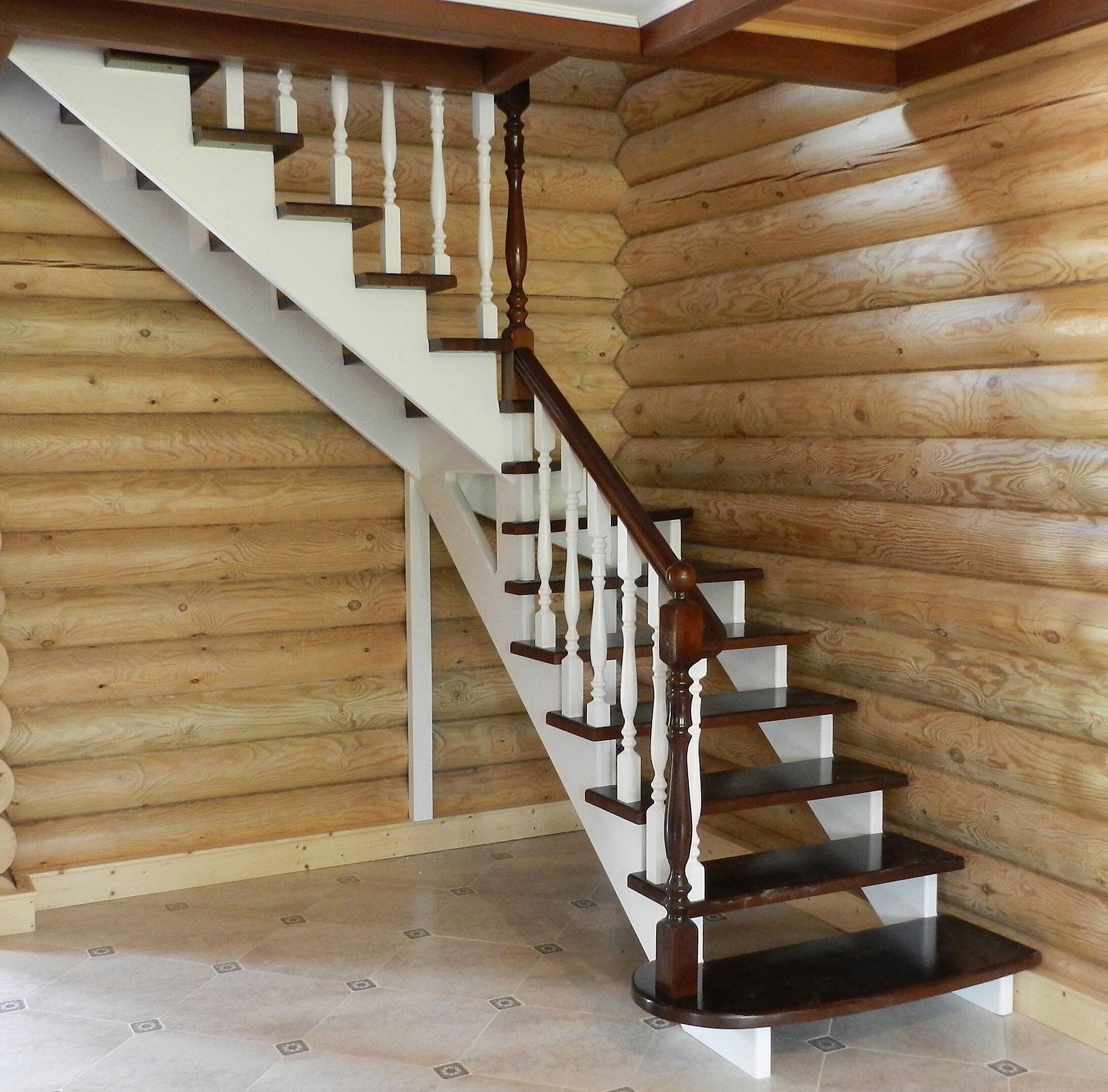 лестница с оригинальным перилом