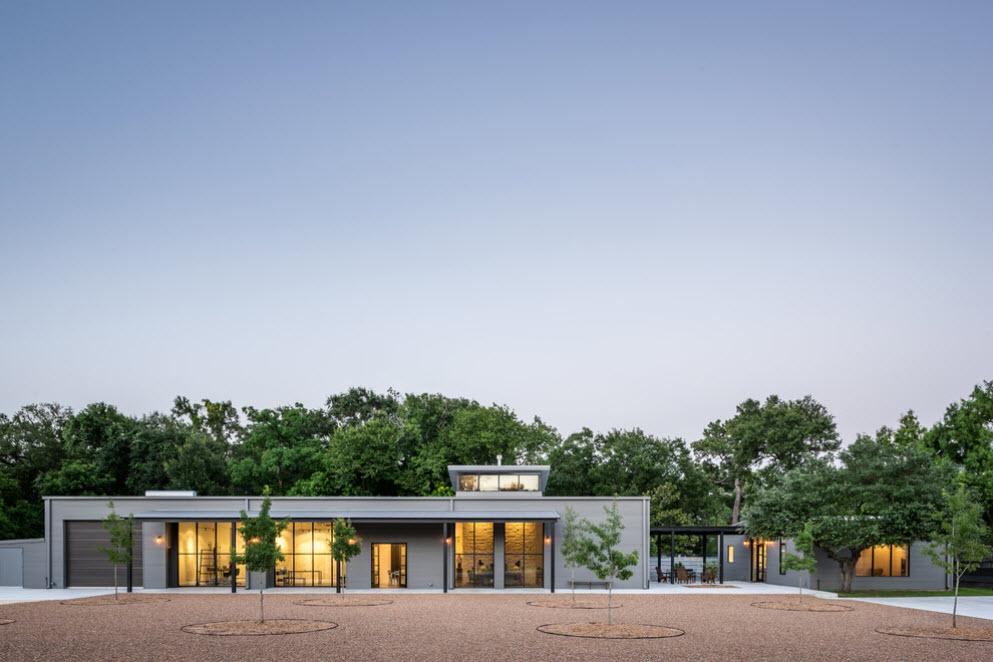 одноэтажный дом в стиле хай-тек