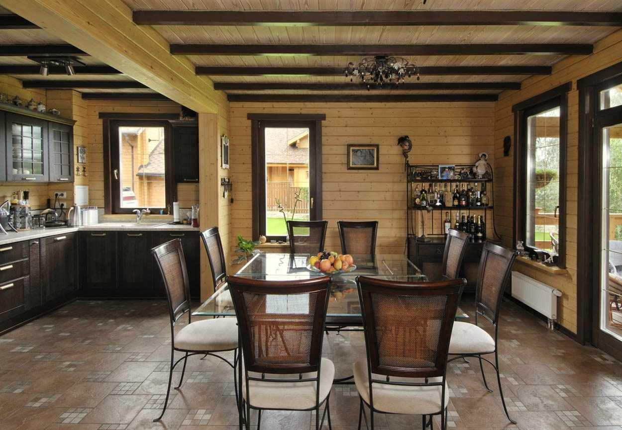 окраска древесины повторяется в мебели