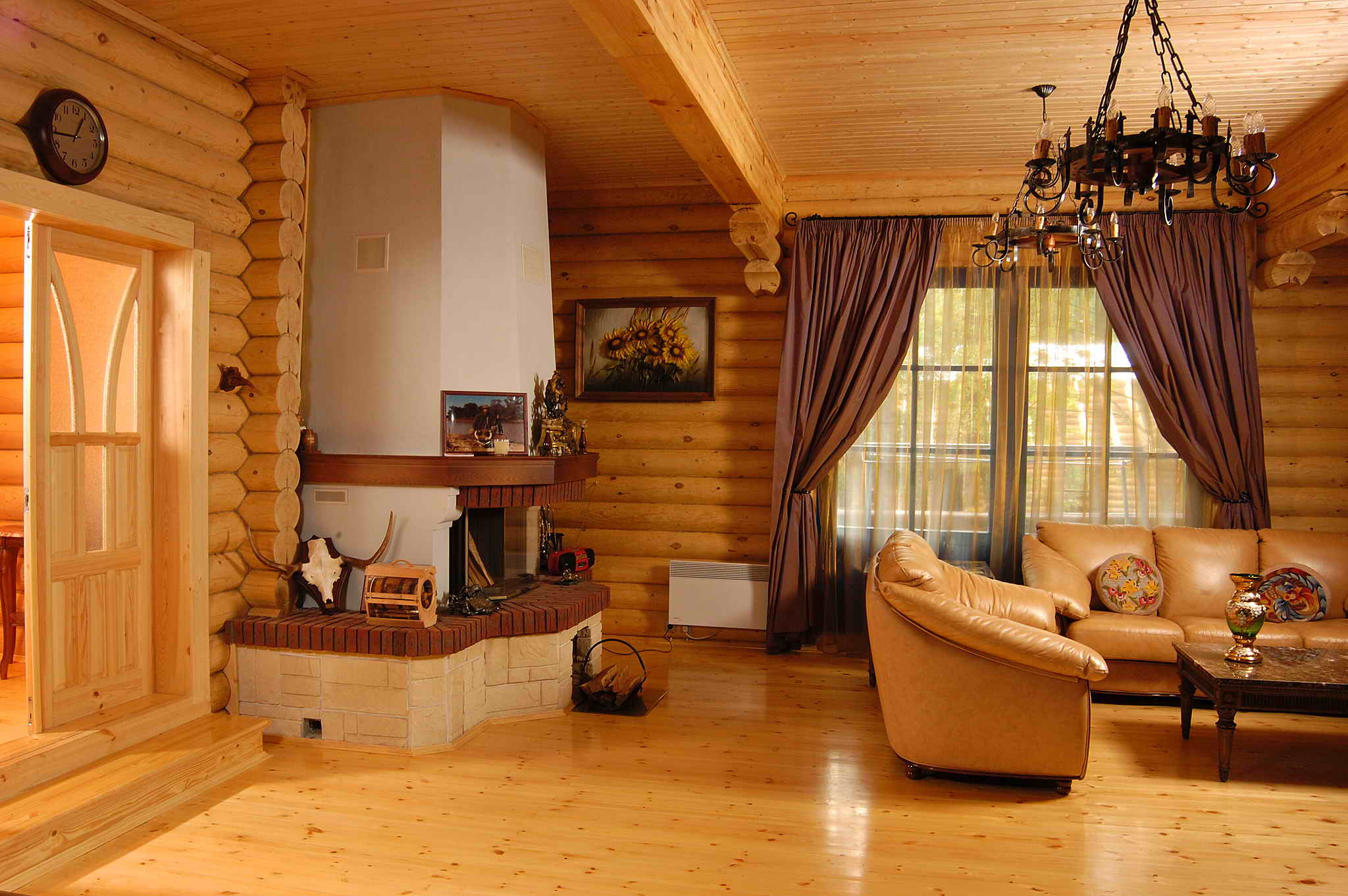 светлый деревянный дом