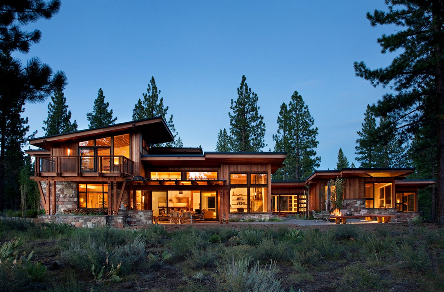 элегантный домик из дерева