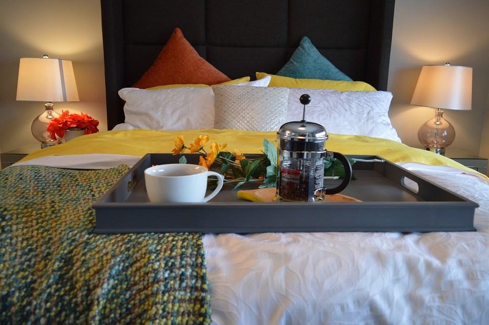 breakfast-in-bed-1158270_960_720