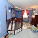 Детская кроватка с бортиками: 100 вариантов дизайна