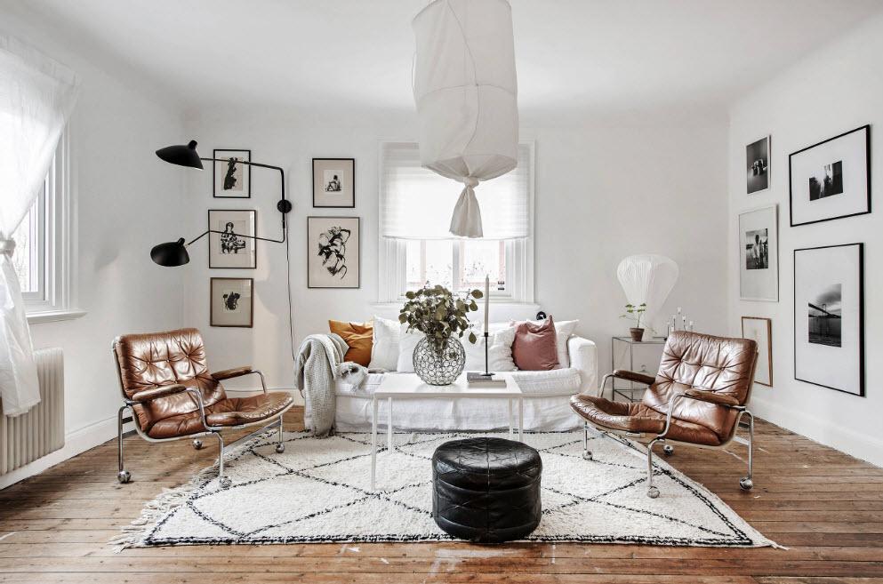 Просторная белая гостиная