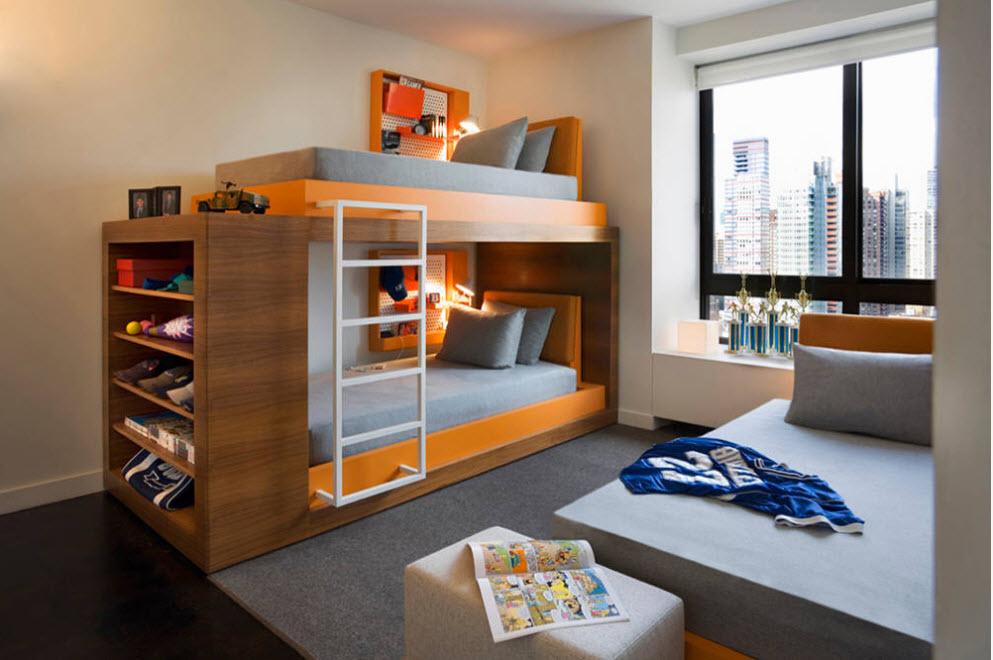 Яркое оформление спальных мест