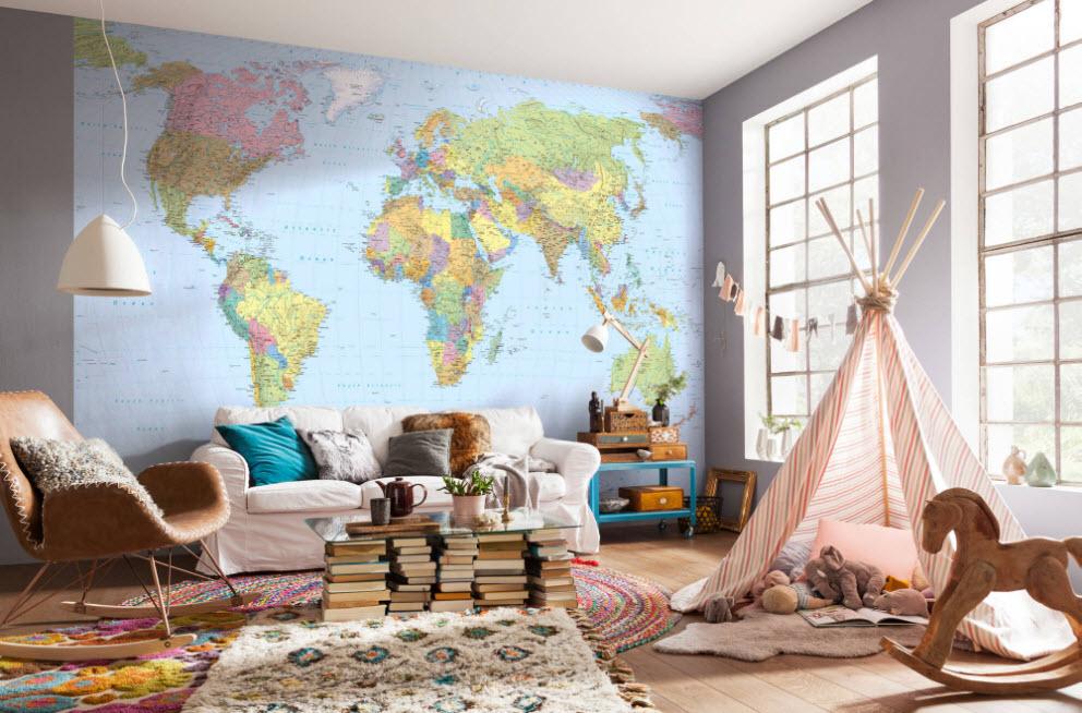 Акцентная стена с картой