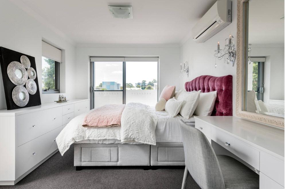 Белый цвет для маленькой спальни