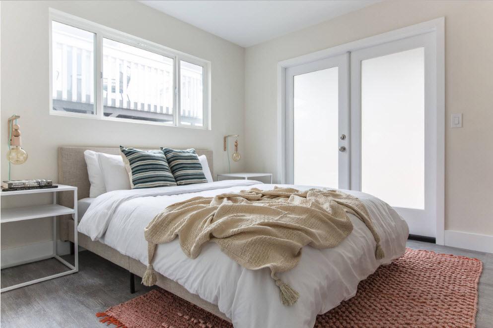 Обстановка небольшой спальни