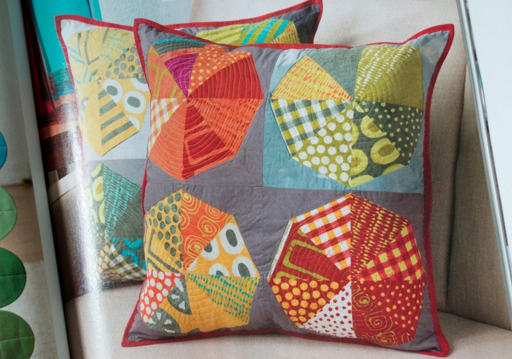 mini-pieces-pillows-in-modern-patchwork-1024x717