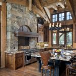 Кухни из массива дерева — замечательные идеи для мебели из благородного материала
