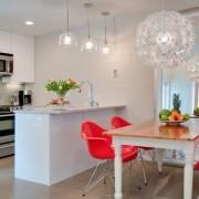 Яркая мебель - основной цветовой акцент