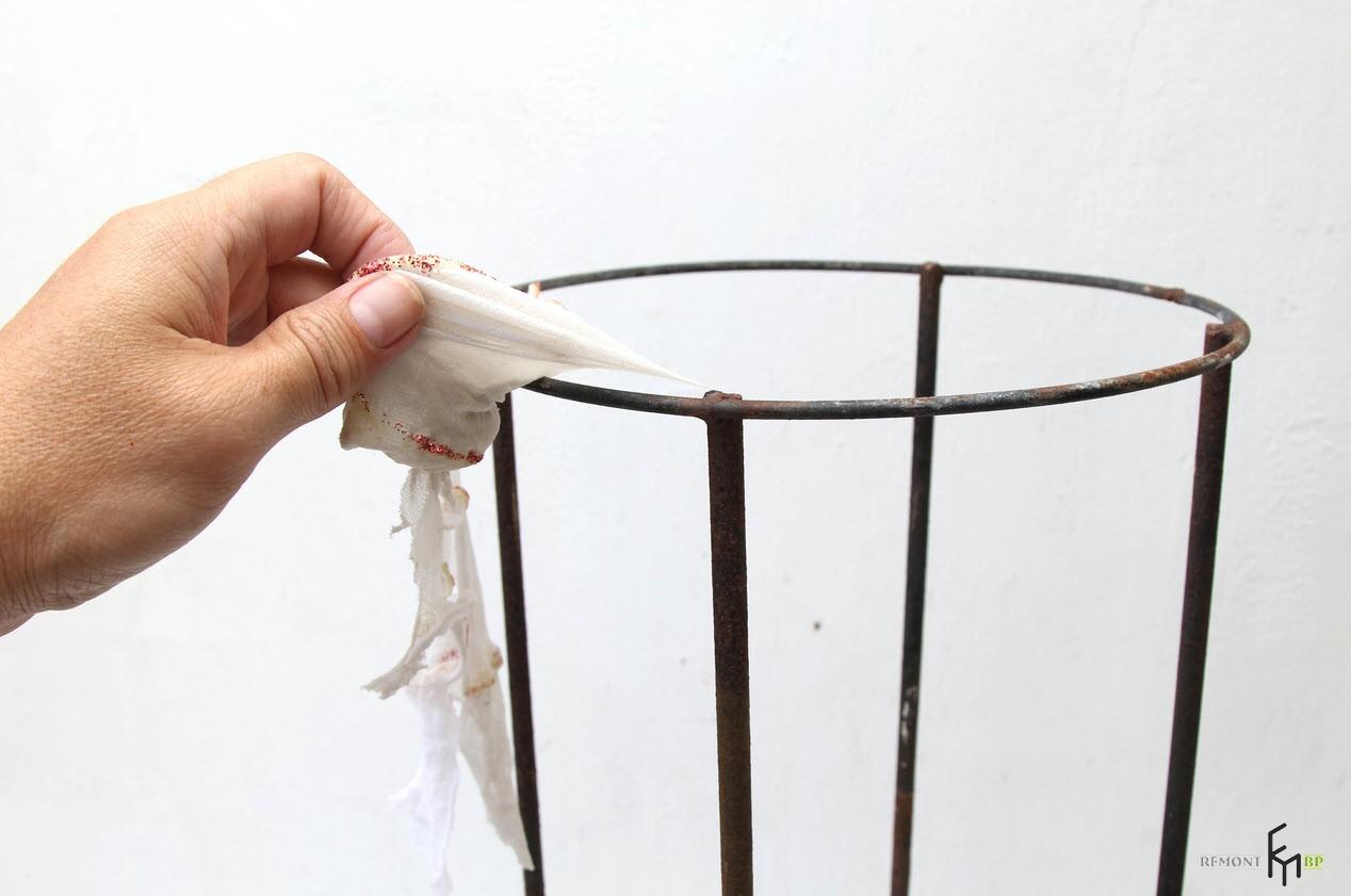 Каркас можно приспособить от сломанного абажура