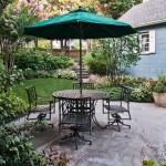 Патио на дачном участке: соседство романтики и комфорта