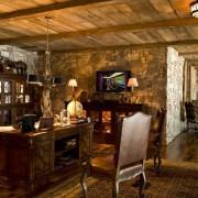 Деревянный потолок в интерьере Прованс