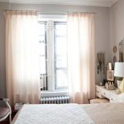 Спальня с будуарным столиком