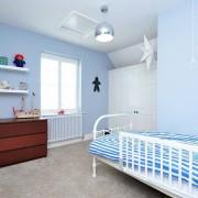 Белый цвет в сочетании с голубым в детской