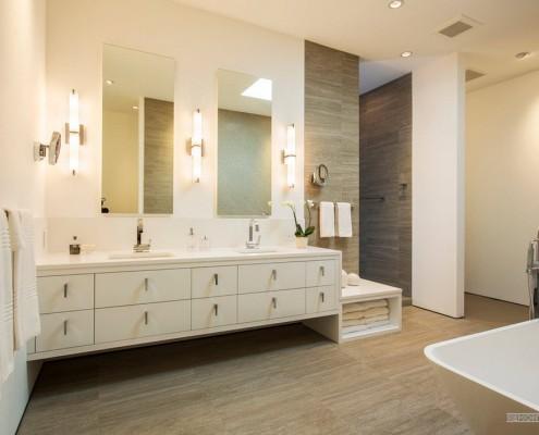 Интерьер ванной в городской квартире