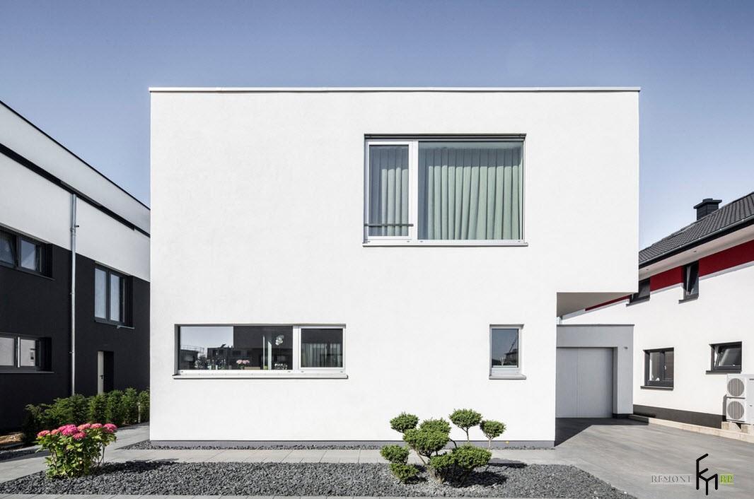 Белое домовладение