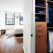 Оформление большой гардеробной