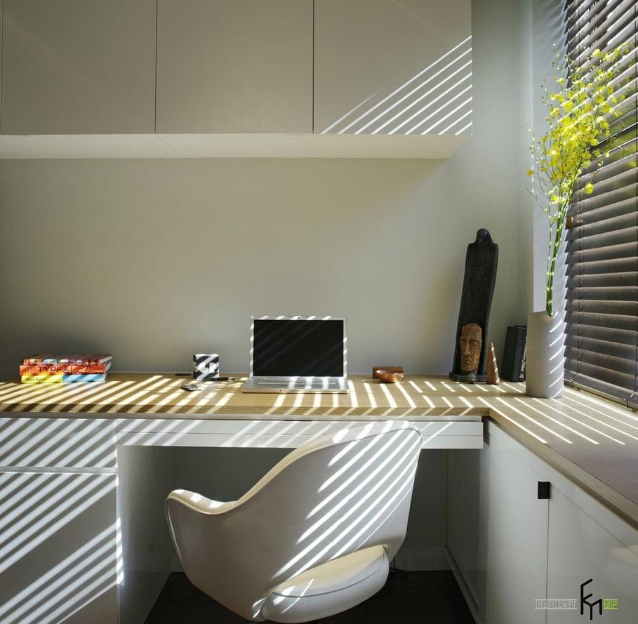 Угловые столы: 25 стильных фото в интерьере квартиры