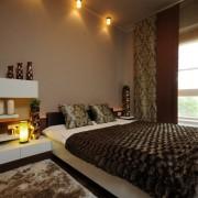 Точечные светильники в спальне