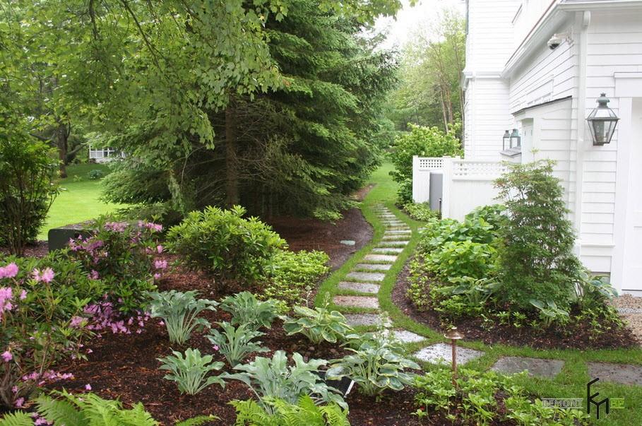 Классическая садовая дорожка