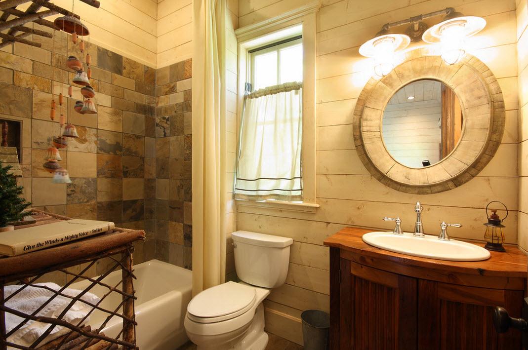 Дерево и кафель на стене в ванной