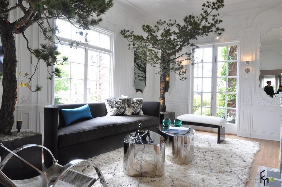 Гостиная с прекрасными деревьями