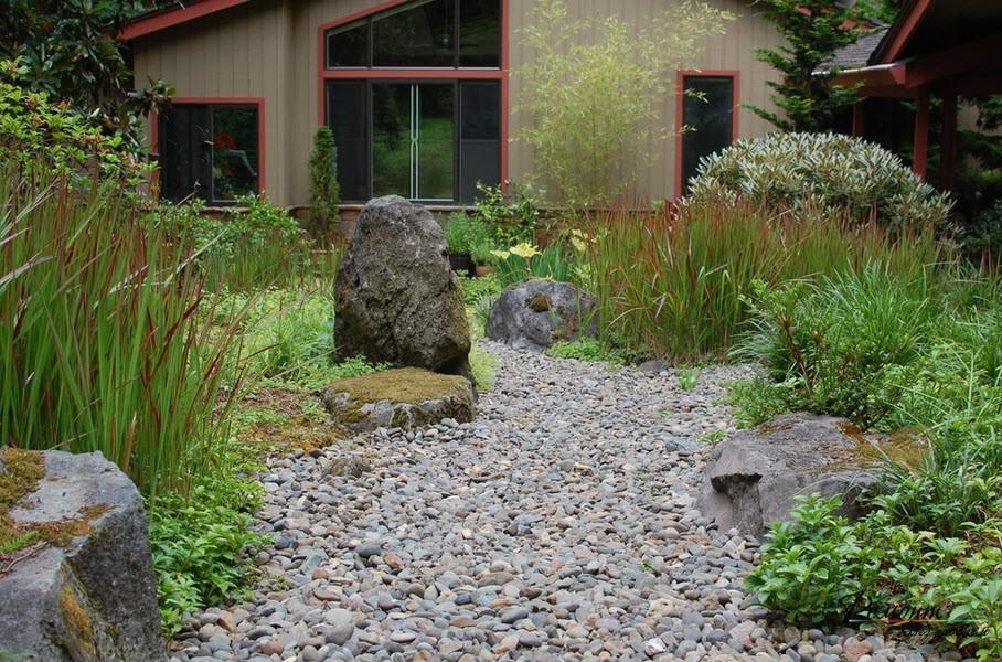 Имитация воды из камней