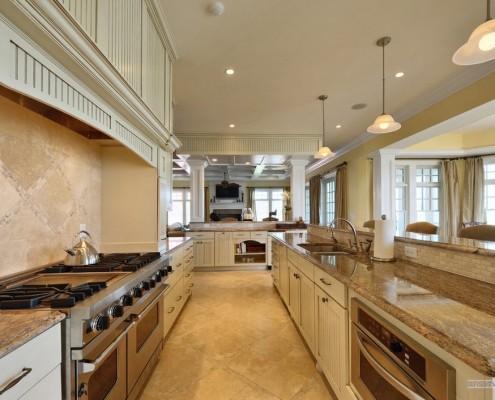 Кухонное пространство в кафеле