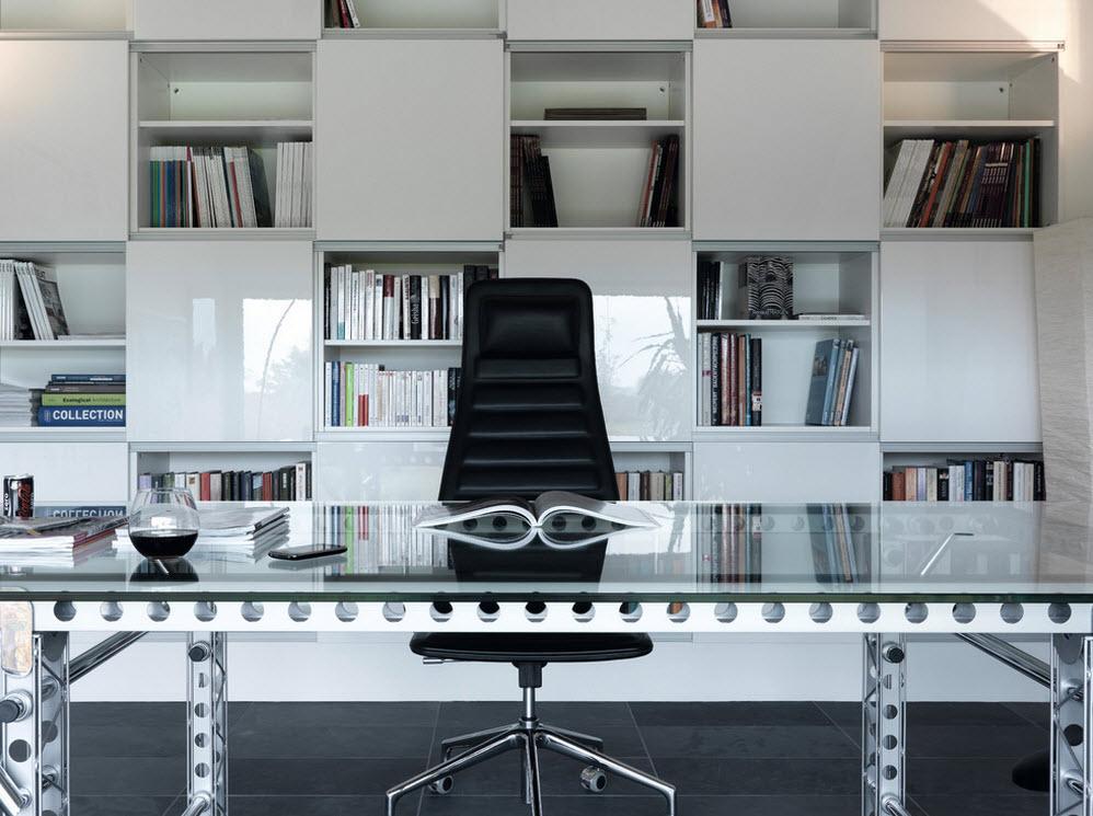Контраст в кабинете в стиле модерн