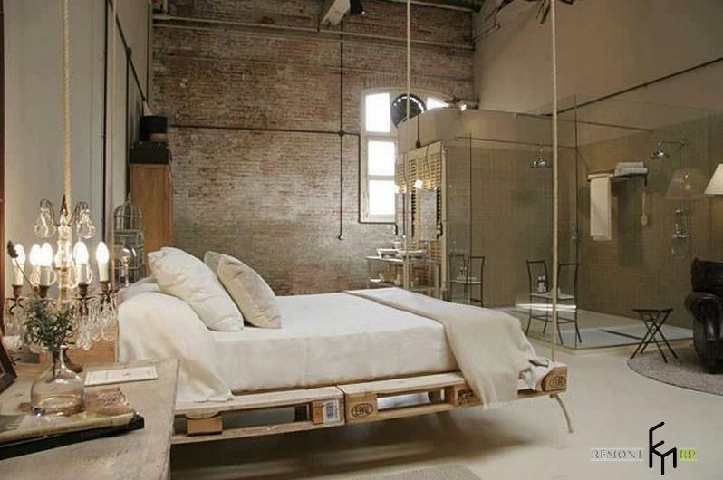 Подвесная кровать в ванной