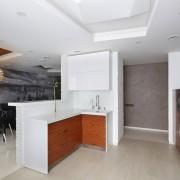 Деревянные фасады кухонного шкафа