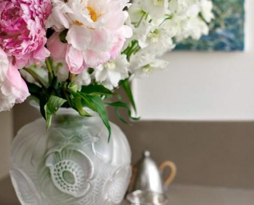Живые цветы на кухне