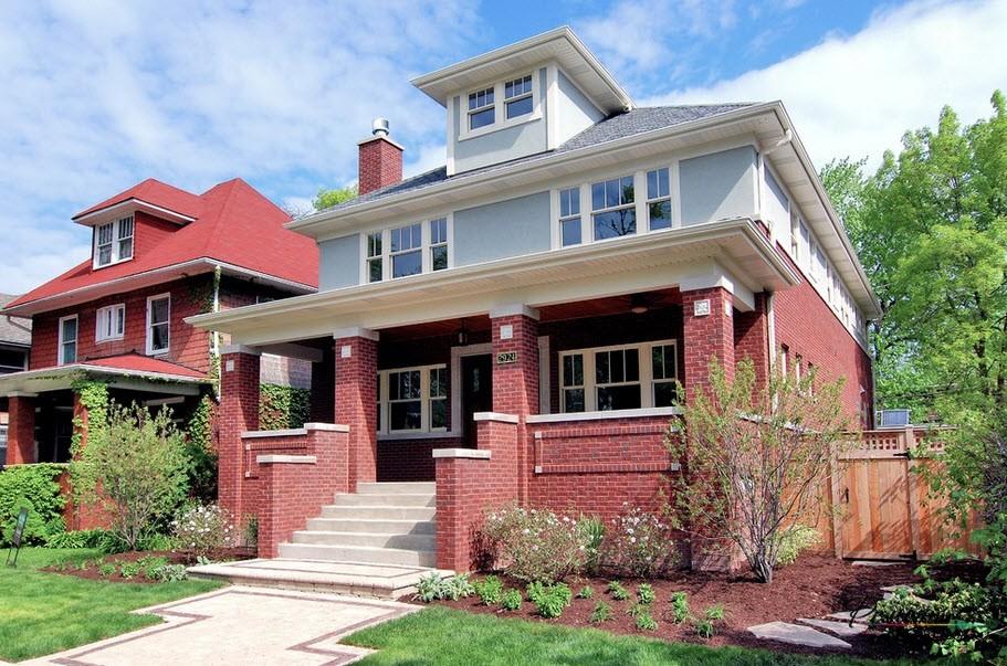 Сочетание белого и красного цвета в отделке дома