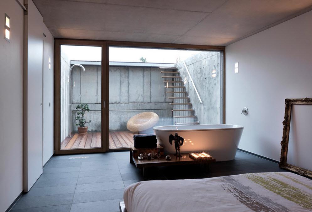 Окно с видом на террасу из спальни