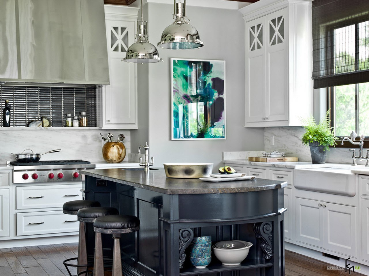 Extraordinary Kitchen Makeover Idea with Bright Countertop