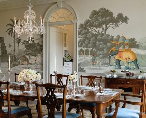 Фотообои в классической гостиной