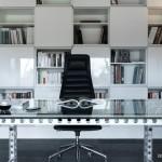 Письменный стол: практично и стильно