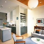 Сочетание кухни с коридором