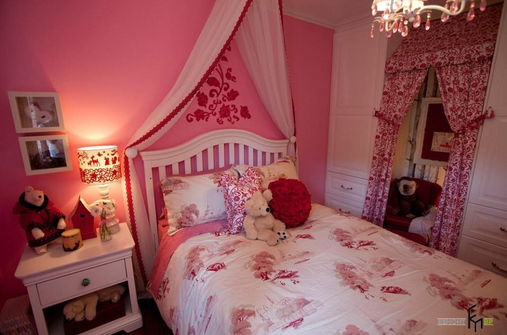 Спальня для поклонницы Барби