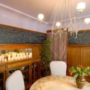 Грифельная доска в интерьере столовой