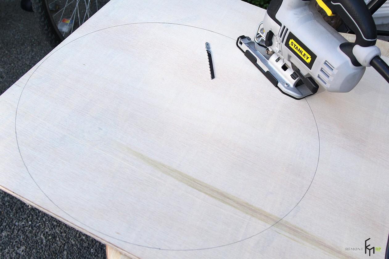 Четвертый этап изготовления стула